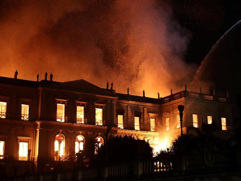 incendio-museo-rio-de-janeiro-800x600-1